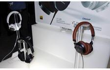 Audio-Technica ATH-SR5 On-Ear Headphones
