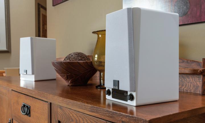 SVS_Prime_Wireless_Speakers_gloss_whitel.jpg