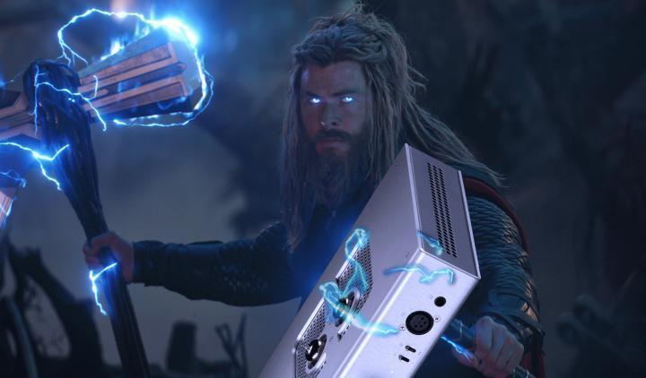 Thor_Lebowski_Mjolnir.jpg