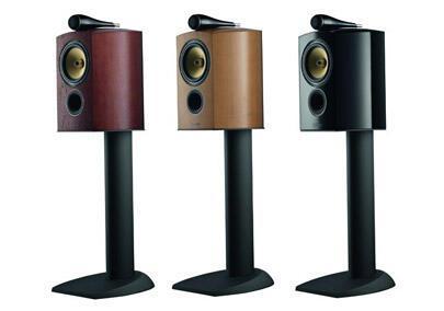 BW-805-Diamond-bookshelf-speaker-review-3-shot.jpg
