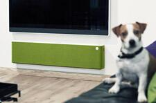 Libratone-Lounge-AirPlay-Speaker-review-dog.jpg