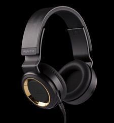 Munitio-PRO40-headphone-review-black.jpg