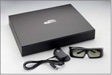 Sim2_M_150_LED_projector_review_Visus_3D_emitter.jpg