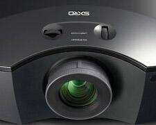 Sony-VPL-HW30AES-3D-projector-review-lens-close-up.jpg
