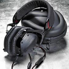 V-MODA-M-100-headphone-review-black.jpg