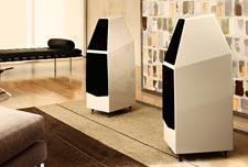 Wilson-Audio-Sophia-3-floorstanding-speaker-review-living-room-pair.jpg